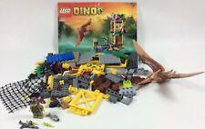 Retired Dino Lego 5883 Tower Takedown 136 pieces 1 book no box