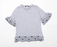 Dorothy Perkins Womens Size 8 Floral Grey Embroidered Top (Regular)