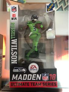 Madden 18 NFL Ultimate Team Series Russell Wilson Seahawks #3 McFarlane Football