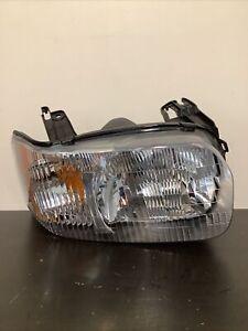 Fits 2001 2002 2003 2004 Ford Escape Headlight Passenger Side Halogen Headlamp