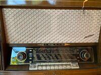 Loewe Opta Hellas 1841W Röhrenradio 2 X EL84