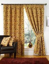 Tende beige floreale per la casa