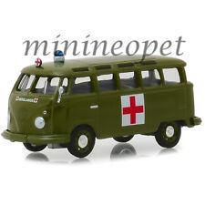 GREENLIGHT 29940 A 1964 VW VOLKSWAGEN SAMBA BUS 1/64 ARMY AMBULANCE GREEN