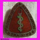 IN3807 - U.S.Preservation Restoration Training Crest Badge