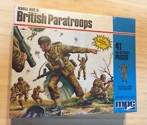 MPC World War Two British Paratroops HO/00 Scale Unpainted New In Unopened Packs