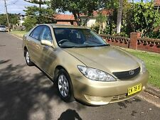 2004 GOLD TOYOTA CAMRY ALTISE AUTOMATIC LOW KMS IN EXCELLENT CONDITION