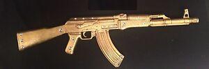 KALASHNIKOV ARMA FUCILE MITRAGLIATRICE AK-47 IN CERAMICA FOGLIA ORO E CRISTALLI