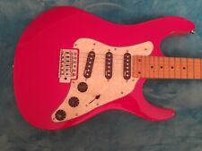 Alte Gitarre, E-gitare
