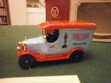 Oxford Diecast Morris Bull Nose Van with Oscars Decals