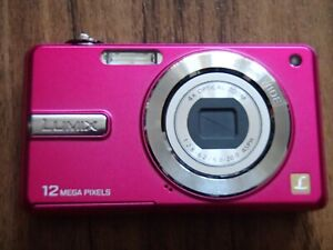 PANASONIC DMC-F3 12.1MP pink Digital Camera, battery & charger- Cost £200