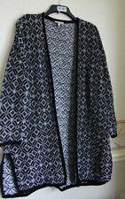 Ladies Black & White Geo Print Med Knit Long Cardigan/Jacket Size 18/20 Papaya