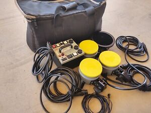 Dyna-Lite Power Pack M-500X Dynalite with lights & case