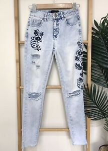 Decjuba Blue Denim Floral Embroidered Skinny Jeans Size 8 Distressed Women