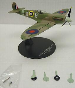 """Spitfire Mk.v A """" Douglas Bader """" , Finshed Model, Atlas , 1:72, Metal, New"""