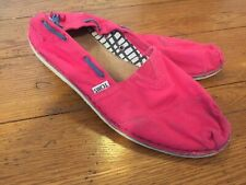 Tom's Lightweight Canvas Hot Pink Women's Shoes Size 11 Slip On Flats ~3~