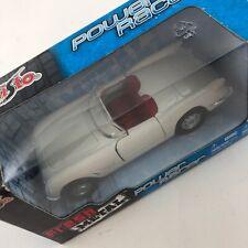 Maisto Road & Track Power Racer White 1955 Chevrolet Convertible Diecast