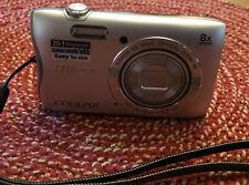 Nikon COOLPIX S3700 20.1MP Digital Camera - Silver