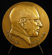 Médaille Edgar Faure Lagriffoul c1970 68 mm 133 g Politicien IVe République