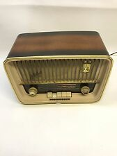 Vintage Telefunken Jubilate 5161W Tabletop AM/FM/SW Radio