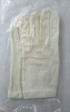 Vintage White Gotham Women's Gloves New in Package One Size Fits All Stretch