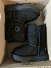 Ugg Boots Bailey Button With Stars Kids Sz 6 NEW