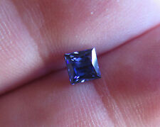SUPERBE TANZANITE VERNEUIL TAILLE PRINCESSE .IF...5x5mm et 0,90ct environ