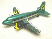 """2003 MATCHBOX #62 AIRLINER 4"""" GREEN DIECAST & PLASTIC TOY AIRPLANE 68982 - NICE"""