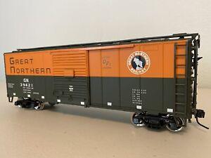 "Atlas 0563-2 :: Great Northern 40' Sliding Door Boxcar - 2 Rail ""O"""