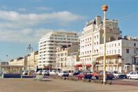 PHOTO  SUSSEX  BRIGHTON SEAFRONT (KING'S ROAD) 1988