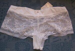 Lejaby new white Milady lace shorts size large