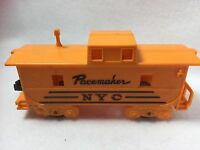 NYC New York Central  Yellow Pacemaker Caboose MARX O SCALE  CAR TRAIN 21659