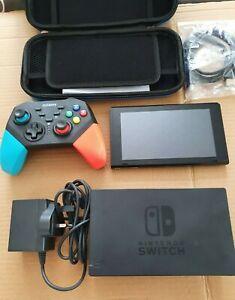 Unpatched Nintendo Switch Console 32GB + Wireless Controller XAJ10013242496
