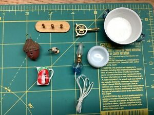 Dollhouse Miniature Lot- Household Smalls 1/12