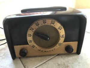 """Vintage 1949 Admiral Tabletop Tube AM Radio Model 5E22 Works """"AS IS"""""""