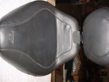 Mustang Sport Solo Seat w/ Backrest for Harley FLST
