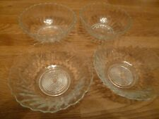 VINTAGE x 4 Glass Fruit Bowls