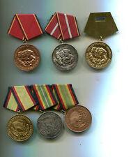 NVA Alte Ordensspange   und Verdienstmedaillen
