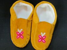 NATIVE AMERICAN BEADED MOCCASINS 10 1/2 INCHES PINK INFLORESCENCE BEAMING