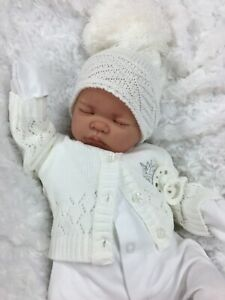 REBORN DOLL HEAVY BABY WHITE BOBBLE HAT OUTFIT MAGNETIC DUMMY M