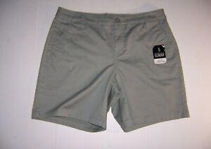 "St. John's Bay Women's Arbor Green Mid-rise 7"" Chino Shorts Size 6 NEW"