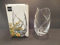 "Mikasa Finesse 5.5"" Crystal Vase Made in Slovenia Item No. XY141/614 New in Box"