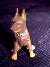 DOBERMAN PINSCHER DOG (brown)