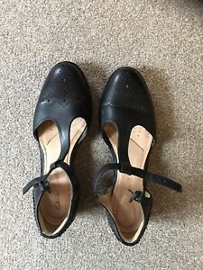 womens clarks shoes size 5