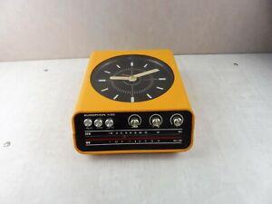 Ancien radio réveil, design Adriano Rampoldi, Europhon H30, space age vintage
