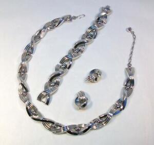 Vtg Signed Crown TRIFARI Silver Tone MODERNIST Necklace Bracelet Earrings Set