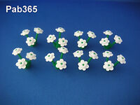Lego 24 fleurs blanches 8 tiges Neuves / New White flowers + Stems REF 3741 3742