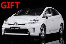 Car Model Toyota Prius 1:18 (White) + SMALL GIFT!!!!!