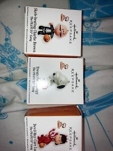 3 Qty 2010 Hallmark Halloween PEANUTS GANG ornaments Snoopy, Lucy, Charlie Brown