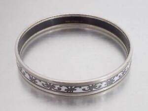 Auth HERMES Cloisonne Bangle Bracelet White/Silvertone Enamel/Metal *USED e43617