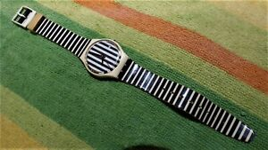 Vintage  Retro 80s  Swatch Originals  Black/White Striped  Officials Swiss Watch